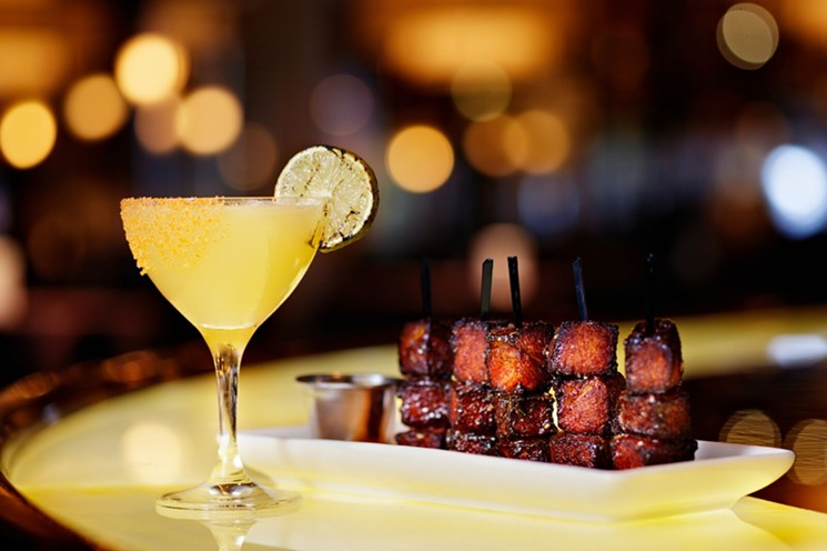Openings and Closings: Perry's Steakhouse Debuts in River Oaks, Verandah Indian Opens